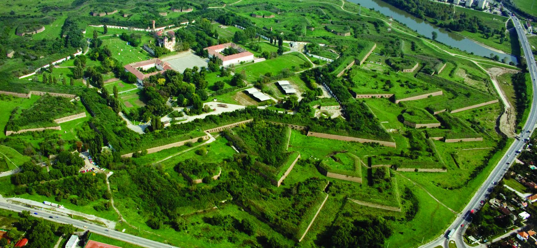 Cetatea-Aradului-1728x800_c