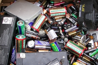 recycle_batteries_23362400