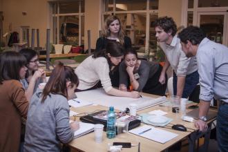 8-fundatii-comunitare-pregatesc-o-seara-de-lucru-peste-program-pentru-profesionisti-voluntari-5101